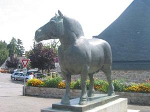statuie-cal-breton-rasa-frantuzeasca